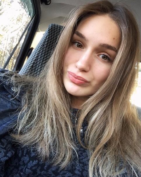 Anjelika Senina, 23 года