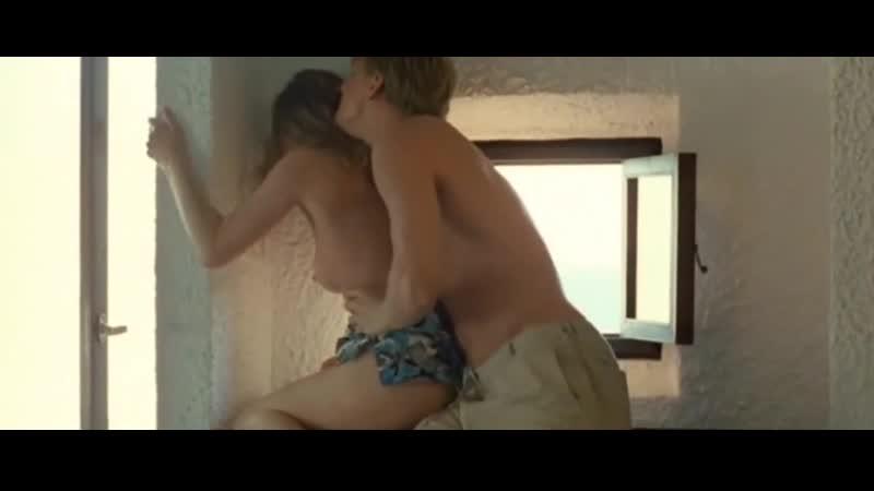 Анна Арланова Греческие каникулы (2005, Вера Сторожева)(эротическая постельная сцена из фильма знаменитость трахается,инцест)