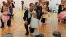 Папы с дочками танцуют!
