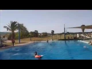 """Видео о курсе Маса """"Спасатели в бассейнах""""- эта программа откроет вам новые профессиональные горизонты."""