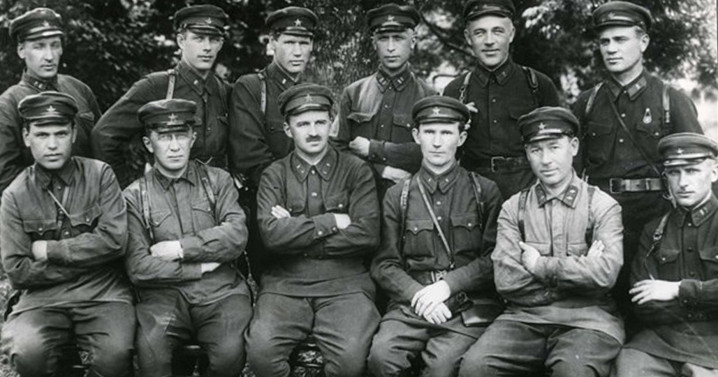 Петровский и командиры