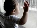 Ребенок 3х лет, закрыл маму на балконе