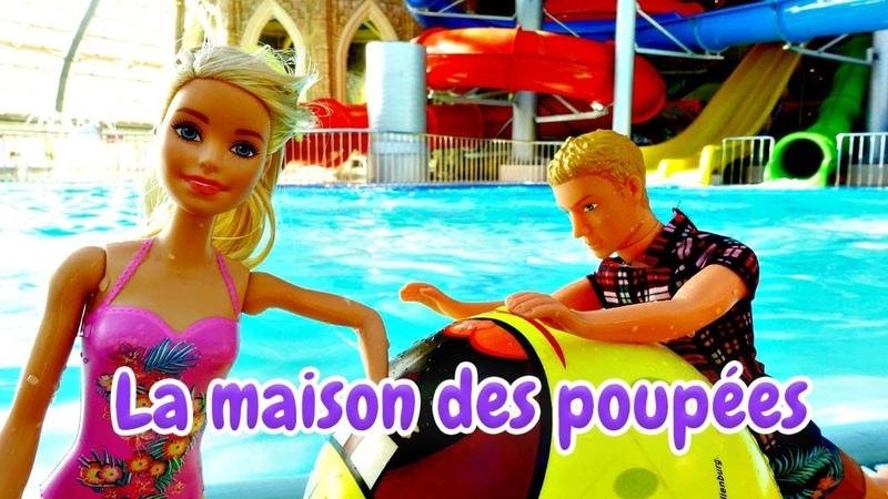 Barbie apprend à nager. Vidéos en français pour enfants. Jeux avec les poupées