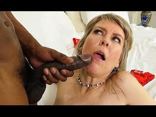 Порно ей 49 мамаша ебёт женишка jamie foster 2019 milf porn mature