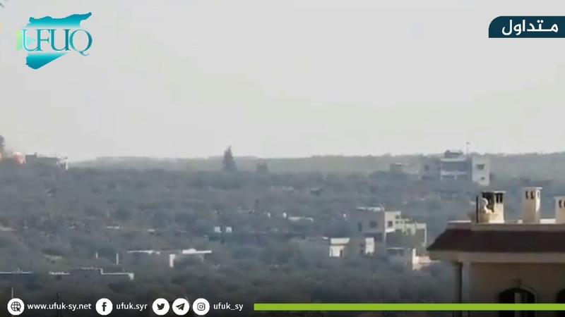 الطيران المروحي التابع لقوات نظام اسد يستهدف بالبراميل المتفجرة مدينة كفرنبل ومحيطها في ريف ادلب.