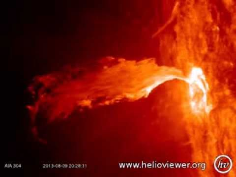 C2.0 class solar flare - Nice little eruption at the east of the Sun (August 9, 2013) - Video Vax