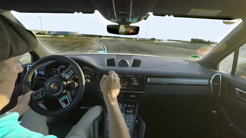 01 The Porsche Cayenne Turbo S E Hybrid sets an unusual lap record