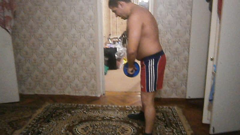 Упражнение с гимнастическим колесом.