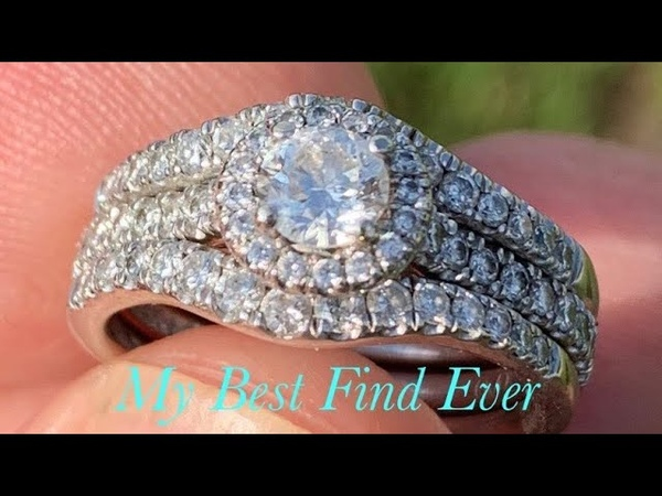 I Found Her Diamond Ring What What beachmetaldetecting metaldetecting metaldetectingfinds
