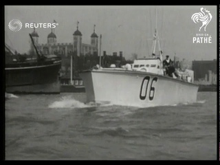 Torpedo boats arrive to escort King George VI on the Thames River (1937)
