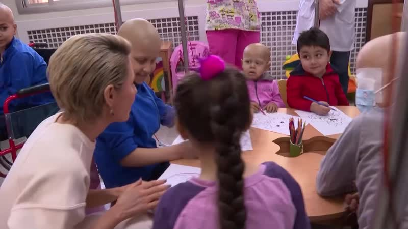 Syria's First Lady Asma al Assad visits children's cancer ward