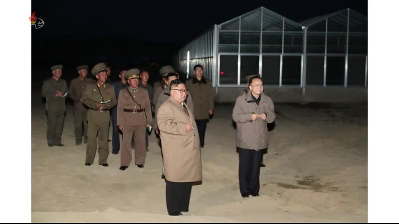경애하는 최고령도자 김정은동지께서 경성군 중평남새온실농장과 양묘장건설장을 현지지도하시였다-