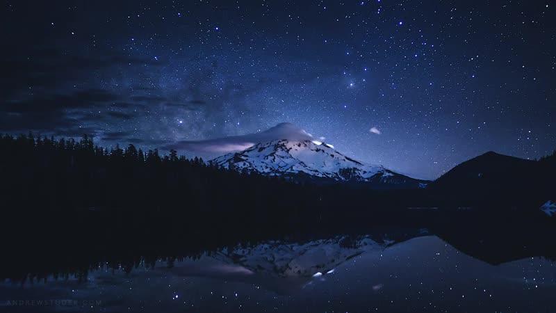 Milkway Timelapse at Mount Hood Oregon 4K.mp4