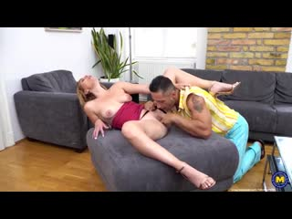 Milf Emma Klein Milf gets an anal creampie and squirts while she cums