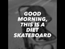 Skateboard love Pug