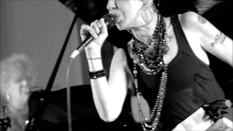 BABY DEE LITTLE ANNIE - Back in the Day (10.V.2013 - Live HD Stereo @ Avellino, ITALY)