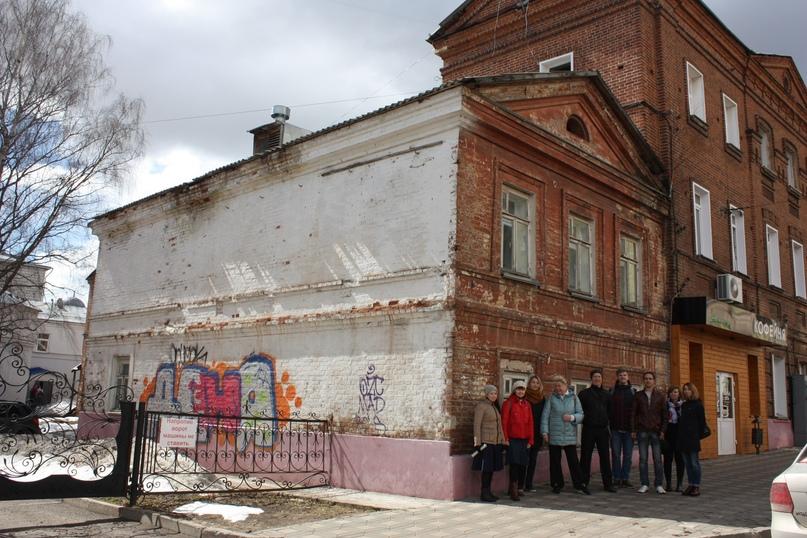 Дом Клабукова до и после ремонта волонтерами Том Сойер Феста Вятка.