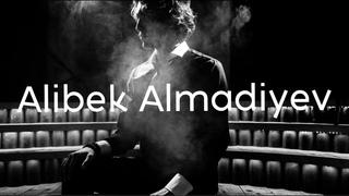 Алибек Альмадиев (Хор Турецкого) о Москве, популярности в соцсетях и натальных картах
