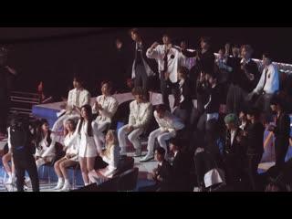 "191116 реакция на выступление anne-marie на v live awards 2019 ""v heartbeat"""