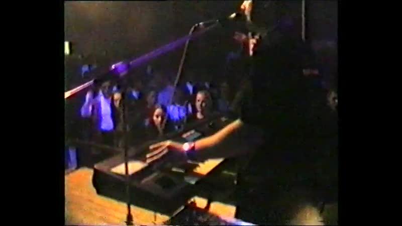Рома Рябцев Зачем нам кузнец Кириши WEEKEND 1 мая 1997 года