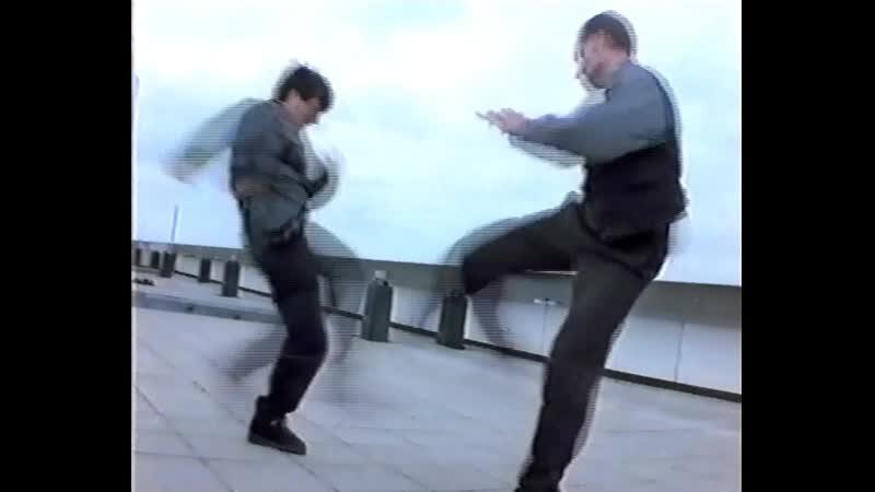 Джеки Чан Кто Я - удары нога об ногу