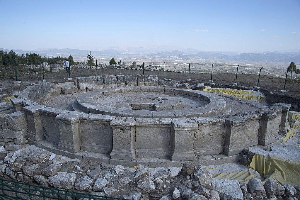 Храм Кибиры