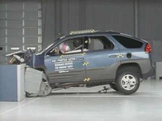 2001 Pontiac Aztek moderate overlap IIHS crash test