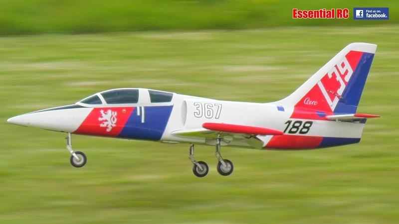 SAVEX L-39 Albatross RC JET on JetCat P60 (TOO FAST on FULL THROTTLE !)