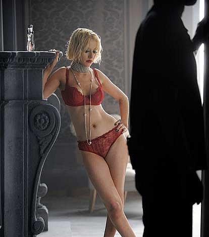 Christina Aguilera Young And Nude Mix Nudity Pics