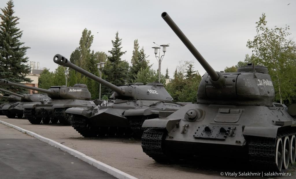Выставка танков в Парке Победы Саратова 2020