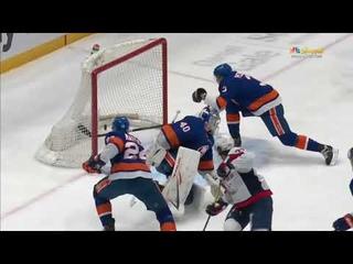Alex Ovechkin gets an assists on whacky TJ Oshie goal vs Islanders (2021)