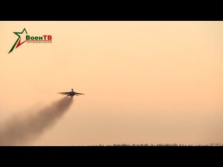 Взлет и посадка пары истребителей МиГ-29