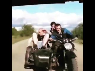 Как НЕЛЬЗЯ Буксировать Мотоцикл !!! Лайфхак !! (видео-мото-приколы) its my life!