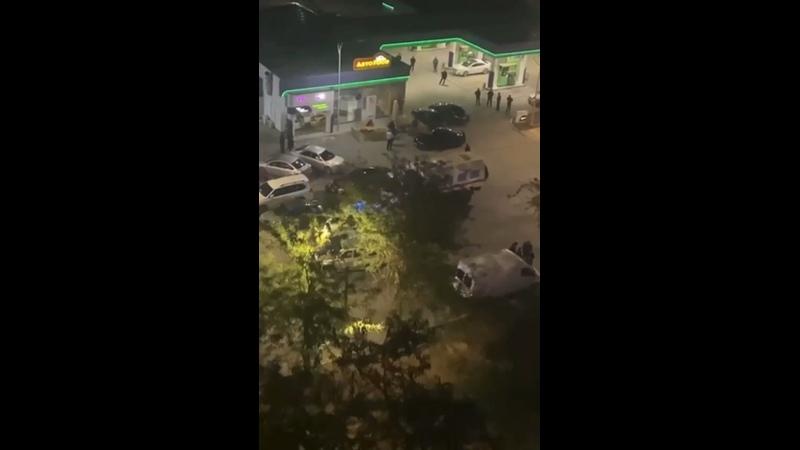 Крымские татары и чеченцы устроили массовую драку со стрельбой в Евпатории