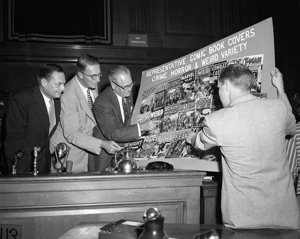 1954 год Сенаторы США рассматривают обложки комиксов, чтобы понять влияют ли комиксы на подростковую преступность. Моральная паника боже мой, куда катится этот мир естественное состояние