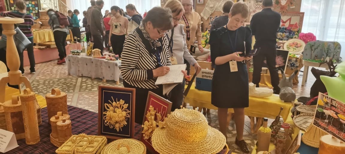 Республиканский фестиваль декоративно прикладного творчества прошёл в Можге 25 апреля