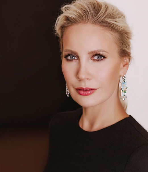 Ольга Бузова ответила Елене Летучей на комментарией по поводу ее в МХАТе: