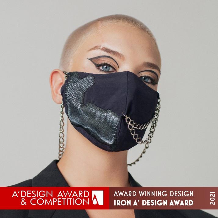 Chained Mask by Noelle Ulian de Freitas
