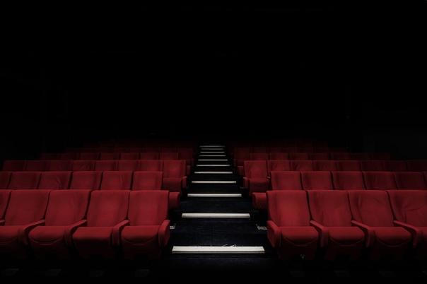 Омскому зрителю предложат найти суть в театре через Всеро...