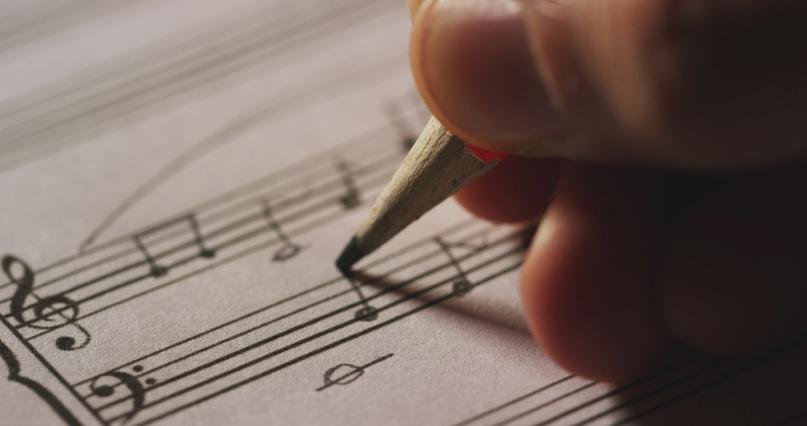 Учимся писать мелодию на текст для песни.