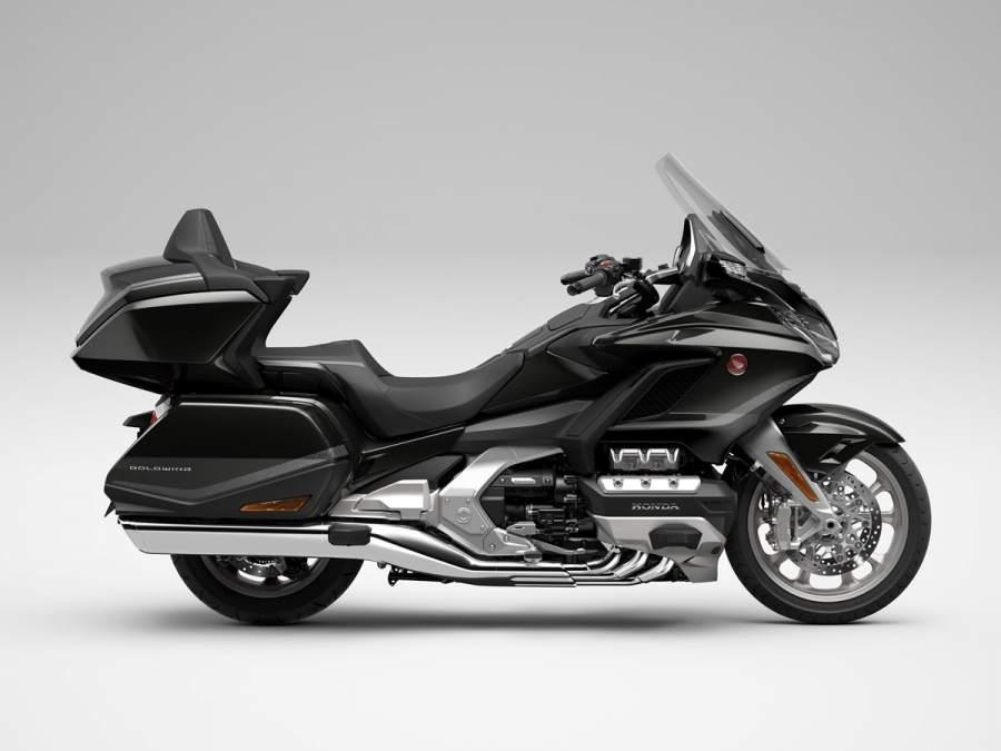Туристичесий мотоцикл Honda GL1800 Gold Wing 2021
