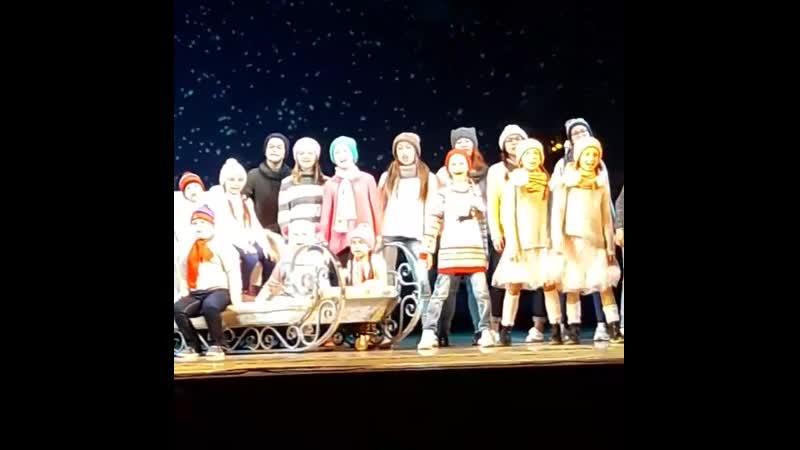 Со Старым Новым годом друзья ангельская семейка театр опера балет Уфа Подписывайтесь на нашу группу Архивная публикац