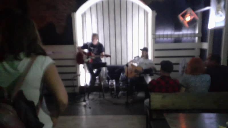 Вечер памяти Виктора Цоя в задверь баре