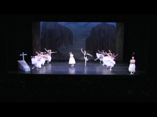 Giselle [choreography by Tchernychova after Perrot and Petipa] -Les Ballets Trockadero de Monte Carlo - Giselle