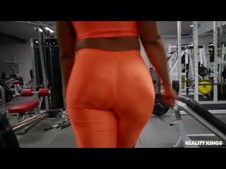 ] Mimi Curvaceous - Tenacious And Curvaceous ( г., One-on-One,Sex,Leggings,Sports Bra,Big Ass,Cum Shot