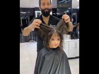 Красивая причёска с прямой чёлкой для малышки