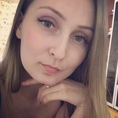 Anyuta Golomidova