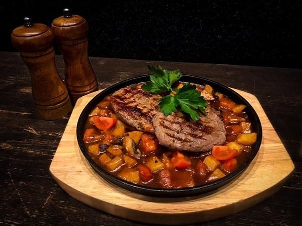 Блюда из телятины на сковороде с фото