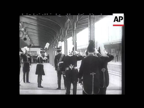 Two Emperors Meet On Japanese Soil