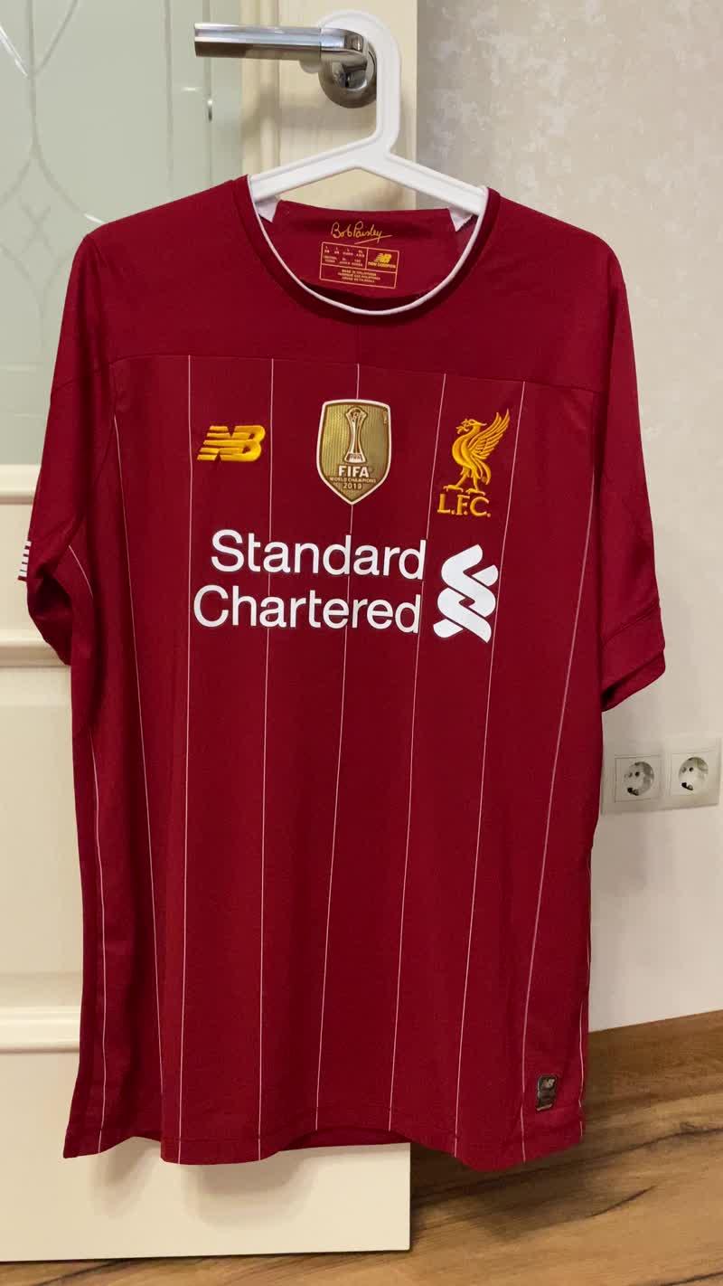 Обзор домашней футболки Ливерпуля
